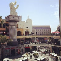 Foto tirada no(a) Hollywood & Highland Center por Fehim T. em 7/6/2013