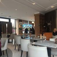 Das Foto wurde bei Romanisches Café von Thomas L. am 3/3/2016 aufgenommen