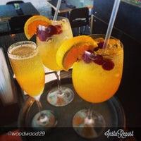 6/30/2013 tarihinde Elbertaziyaretçi tarafından Elberta Restaurant and Bar'de çekilen fotoğraf