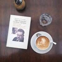 Das Foto wurde bei Café Leonar von bosch am 7/1/2013 aufgenommen