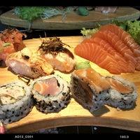 Foto tirada no(a) Sashiburi Sushi House por Marcelo k. em 11/1/2014