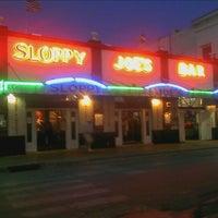 Foto diambil di Sloppy Joe's Bar oleh Allen W. pada 11/29/2012