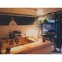 Foto diambil di Café & Tocino oleh Café & Tocino pada 5/30/2015
