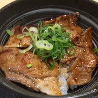 Photo prise au 吉野家 高崎飯塚町店 par わまだ le10/8/2015