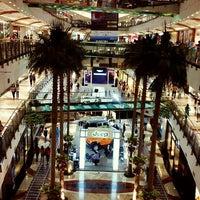 Photo prise au Pondok Indah Mall 2 par Michael Aditya D. le5/11/2013