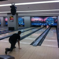 รูปภาพถ่ายที่ Rolling Ball Bowling โดย Janset Burak D. เมื่อ 2/17/2013