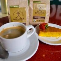 Foto tirada no(a) El Capitán Restaurante por Monse A. em 7/31/2015