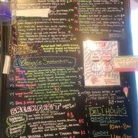 Foto scattata a The Foodery da Wil R. il 10/15/2014