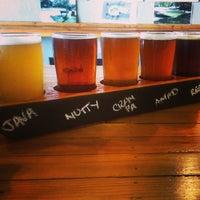 รูปภาพถ่ายที่ Fallbrook Brewing Company โดย Wil R. เมื่อ 7/19/2014
