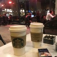 10/28/2018 tarihinde محمدziyaretçi tarafından Starbucks'de çekilen fotoğraf