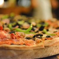Foto tirada no(a) Anima e Cuore (Pizzería De Autor) por Anima e Cuore (Pizzería De Autor) em 11/9/2015