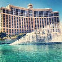 Foto tomada en Bellagio Hotel & Casino por mike c. el 3/31/2013