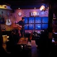 Foto tirada no(a) Luna The Home Of Live music por Darren H. em 2/25/2020