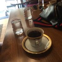 Foto tirada no(a) Mephisto Cafe por Tekin B. em 7/4/2018