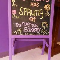 Foto diambil di The Avenue Bakery oleh Michael-Alan G. pada 4/26/2014