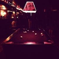 7/7/2013에 Rylan H.님이 Nowhere Bar에서 찍은 사진