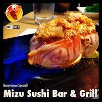 6/18/2013에 Vincent C.님이 Mizu Sushi Bar & Grill에서 찍은 사진