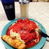 Снимок сделан в Romanelli's Pizza & Italian Eatery пользователем Pamala Y 9/4/2015