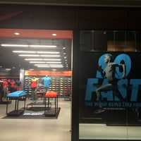 nike store sm fairview