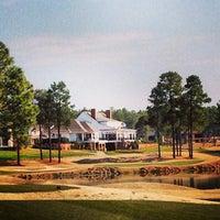 Foto scattata a Mid South Country Club da Brian C. il 3/31/2013