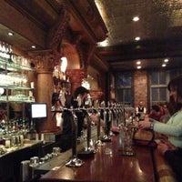 Foto tomada en Stoddard's Fine Food & Ale por Mike P. el 5/1/2013