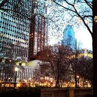 Das Foto wurde bei Rittenhouse Square von Paul B. am 12/3/2012 aufgenommen