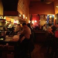 Photo prise au Domo Sushi par Sheri S. le2/17/2013