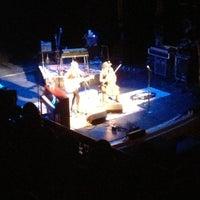 Foto diambil di The Music Hall oleh Micaela P. pada 10/27/2012