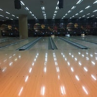 Foto diambil di Atlantis bowling oleh Enes Ş. pada 6/27/2017