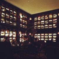 Foto scattata a The Library at The NoMad da Julia V. il 1/23/2013