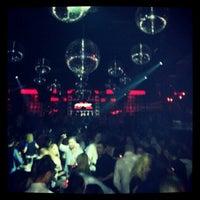 12/23/2012 tarihinde FARUK EMRE YILDIRIMziyaretçi tarafından Club Bedroom Exclusive'de çekilen fotoğraf