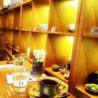 3/15/2016에 Raheem K.님이 器と珈琲 織部 下北沢店에서 찍은 사진