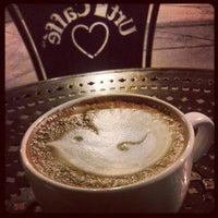 Photo prise au Urth Caffé par Marleine P. le5/25/2013