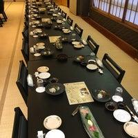 Foto diambil di 日本料理しゃぶしゃぶ 丸松 oleh Hisashi E. pada 11/9/2017