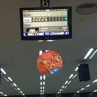 Foto diambil di Atlantis bowling oleh Rezzan pada 3/19/2017