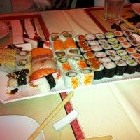 Снимок сделан в Mai-Ling Chinese & Sushi пользователем Aytuğ O. 3/30/2013