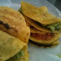 Foto tomada en Tacos Ana Original por Alberto V. el 10/1/2015