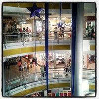 Foto tomada en C.C. Tolon Fashion Mall por James R. el 12/2/2012