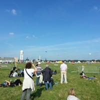 9/14/2013 tarihinde Patrick M.ziyaretçi tarafından Tempelhofer Feld'de çekilen fotoğraf