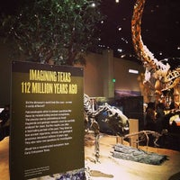 รูปภาพถ่ายที่ Perot Museum of Nature and Science โดย Andre L. เมื่อ 5/4/2013