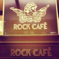 9/24/2012 tarihinde Alex S.ziyaretçi tarafından Rock Café'de çekilen fotoğraf