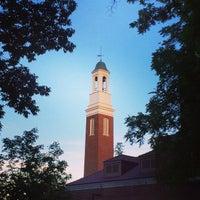 Foto tomada en Bell Tower Place por Robert U. el 6/22/2014