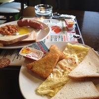 Снимок сделан в Papa's Bar & Grill пользователем Елена Б. 11/4/2012
