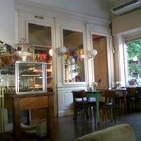 11/13/2012 tarihinde Paula S.ziyaretçi tarafından Magendie'de çekilen fotoğraf