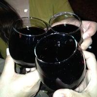 Foto diambil di True North Tavern oleh Sissi G. pada 12/1/2012