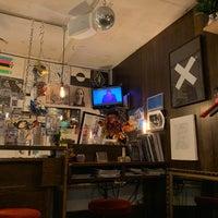 Foto scattata a Record Shop BIG LOVE da ekatokyo il 11/1/2020