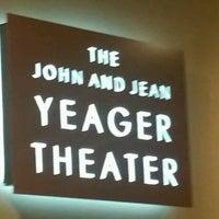 Foto tomada en Stages Repertory Theater por Brett C. el 12/3/2016
