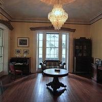 Das Foto wurde bei Sorrel Weed House - Haunted Ghost Tours in Savannah von Sorrel Weed House - Haunted Ghost Tours in Savannah am 7/30/2015 aufgenommen