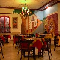 Das Foto wurde bei Hay Caramba! Restaurant and Cocktail Bar von Petya Y. am 11/18/2018 aufgenommen
