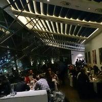 รูปภาพถ่ายที่ Oxo Tower Restaurant โดย Fedy S. เมื่อ 12/1/2015